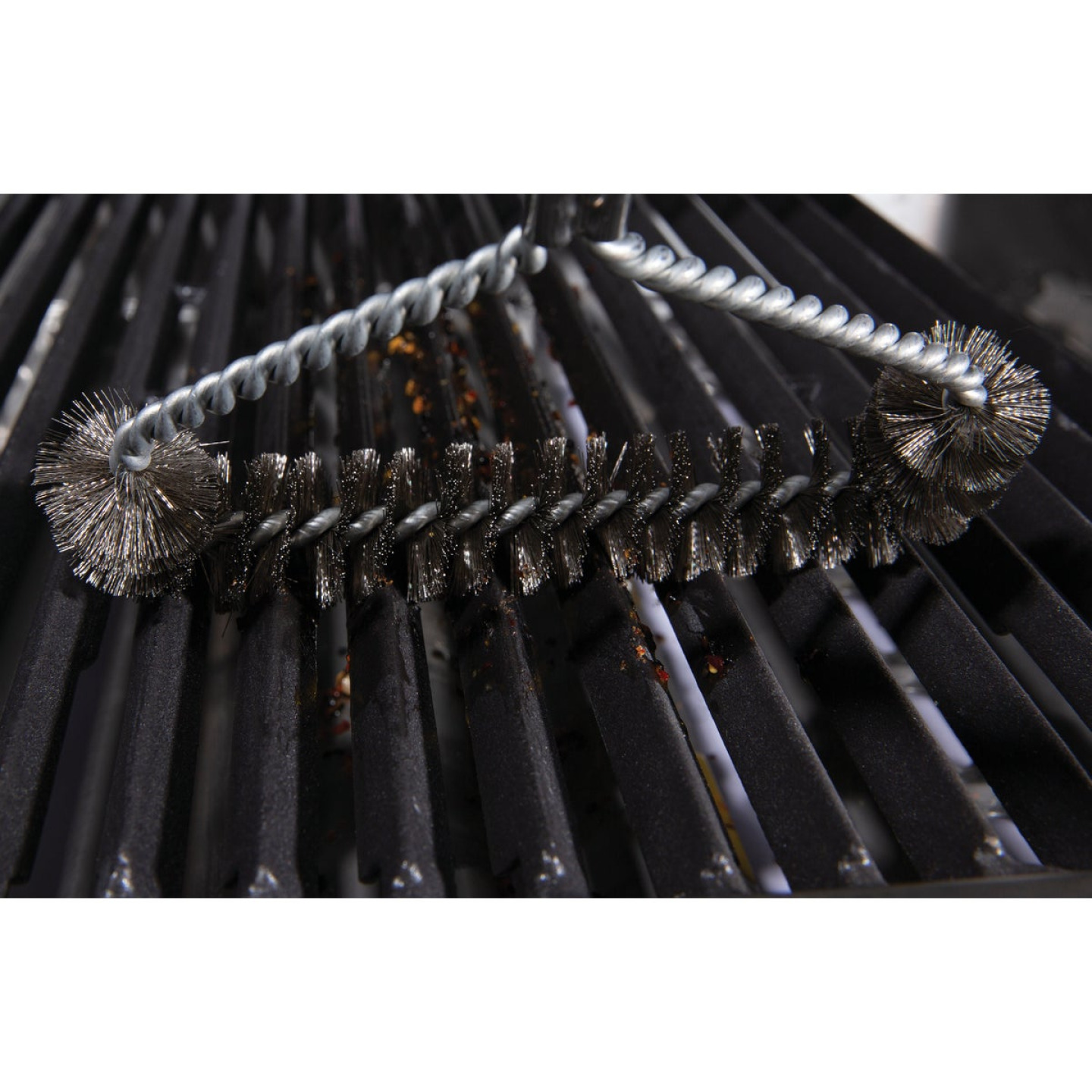 Broil King 18.9 In. Stainless Steel Bristles Tri-HeadGrill Cleaning Brush Image 4